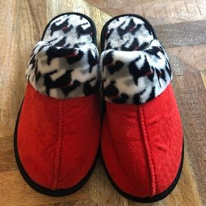 Like New Vera Bradley Scottie Dog slippers sz 5-6